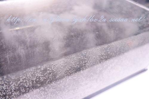 水素浴の細かい水泡.jpg